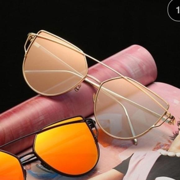 6d1032c900d 80% off Accessories Nwot Cateye Mirror Flat Front Sunglasses
